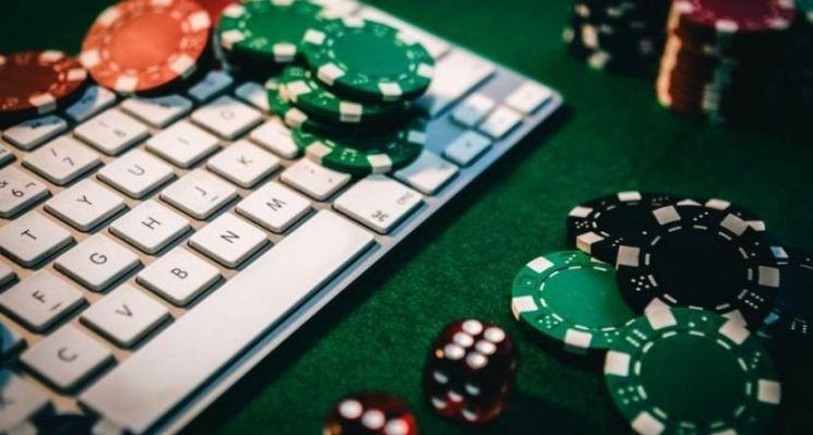 Покер онлайн на деньги сайт прошить голден интерстар